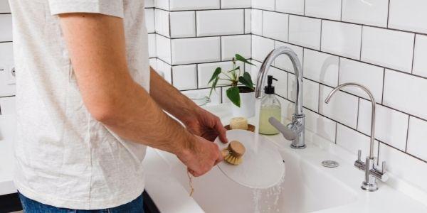 Skuteczne mycie naczyń