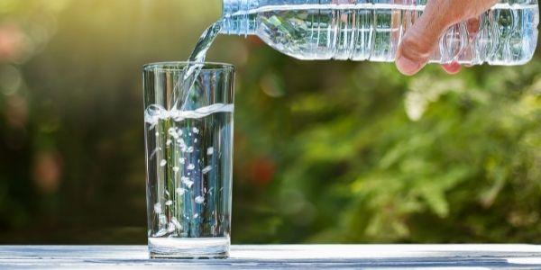 Woda alkaiczna - zalety