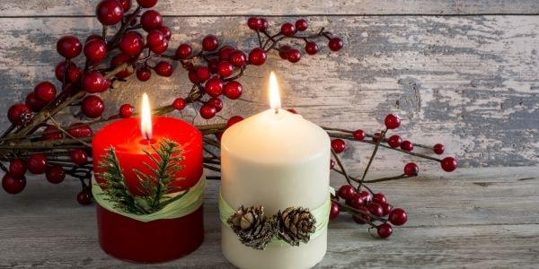 Poznaj świece, które wprowadzą do Twojego domu świąteczny nastrój >