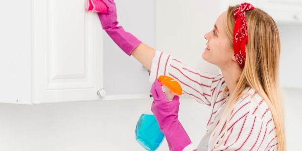 Sprzątanie >>