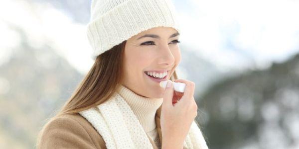 ochrona ust zimą