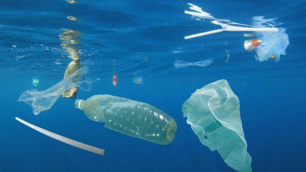 plastikowe słomki